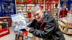 John-Arne Storhaug har gitt ut ny bok - Signatur Lofoten