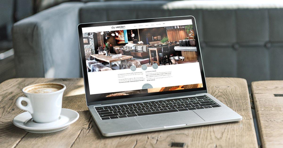 coffee and laptop duverdenalta 1200 1